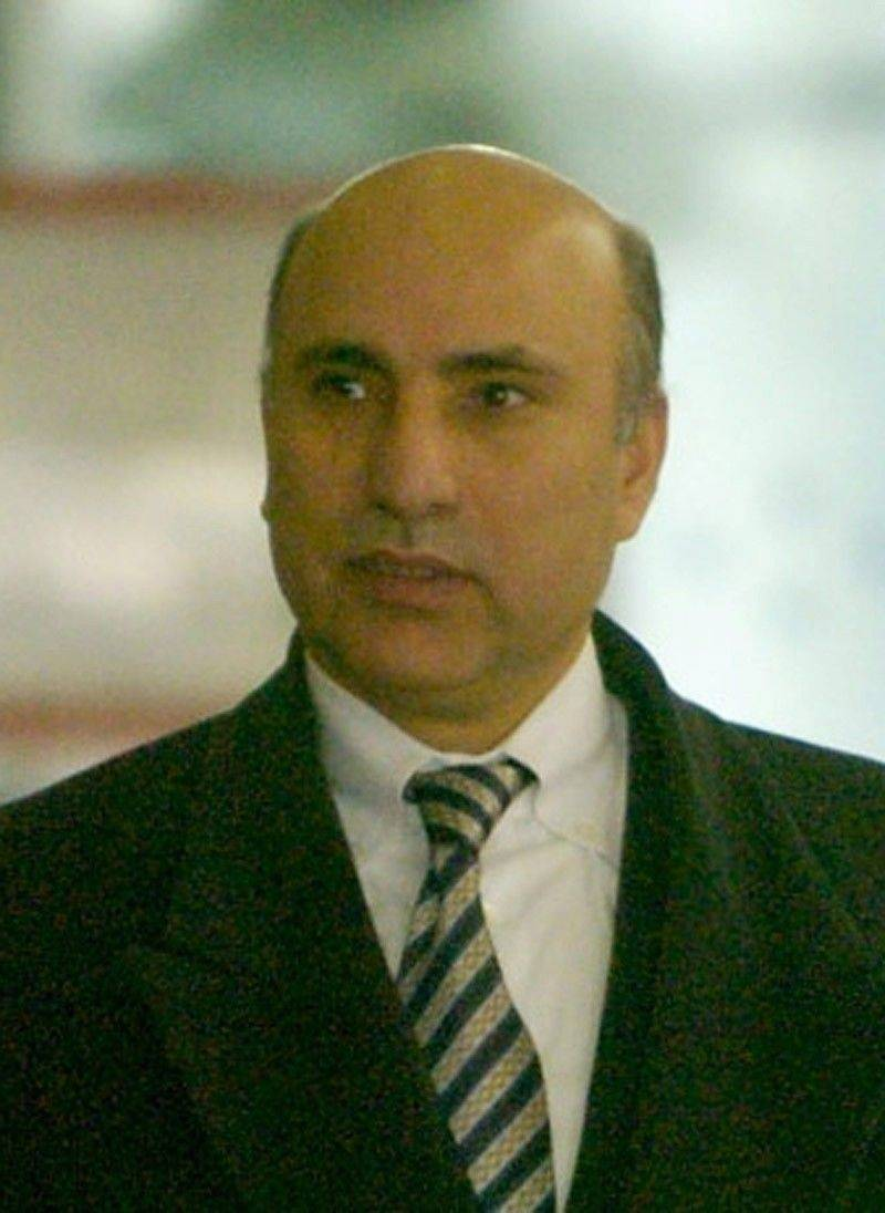 "Considered a ""toxic"" witness, Tony Rezko is unlikely to take the stand against former Gov. Rod Blagojevich, experts say."