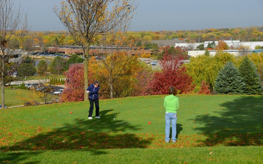 Nickol Knoll Golf Course in Arlington Heights has not turned a profit in the last four years and has cost taxpayers more than $200,000 during that time.