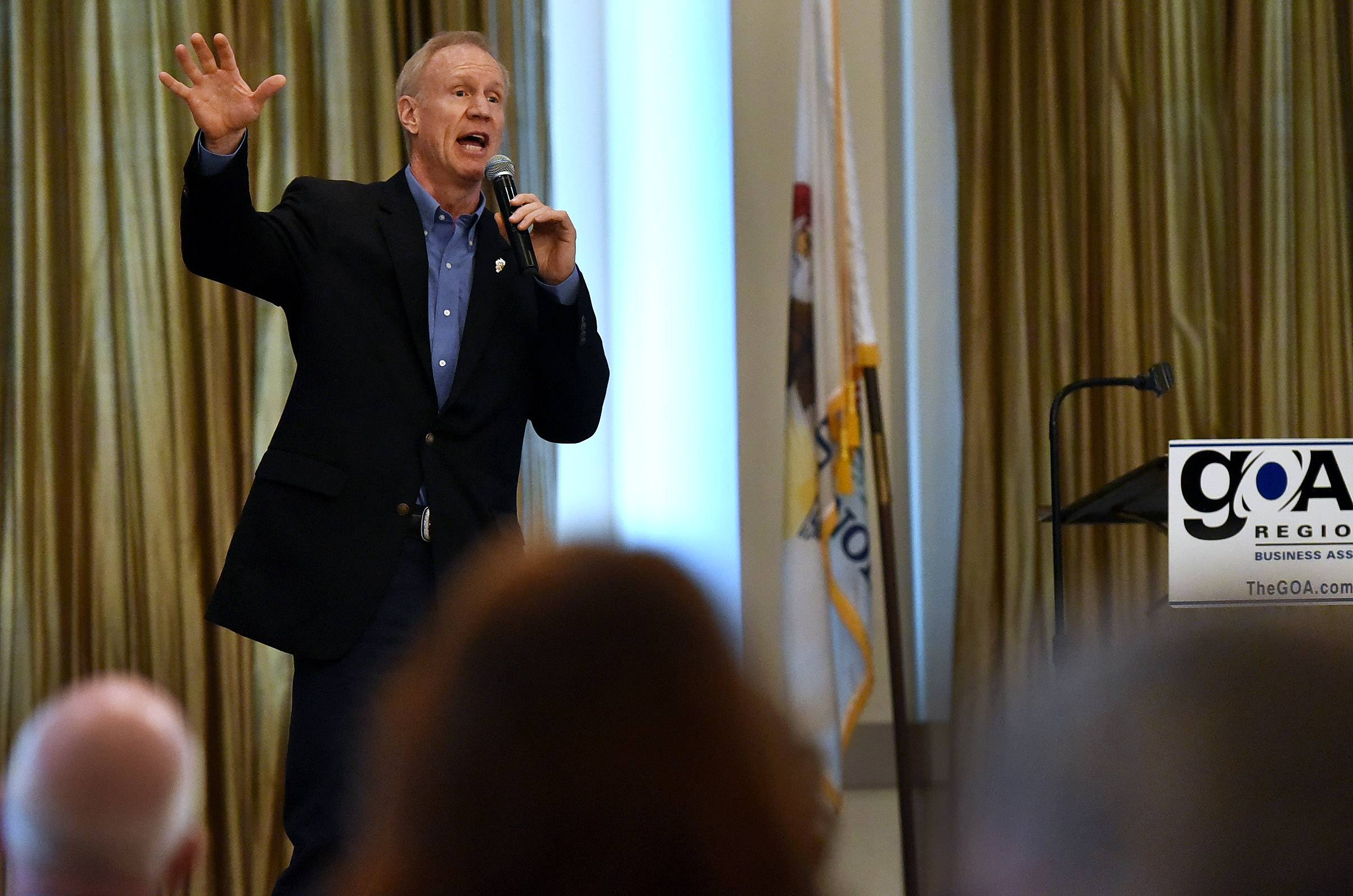 Rauner: Illinois 'very close' to budget deal. Senate leaders less hopeful