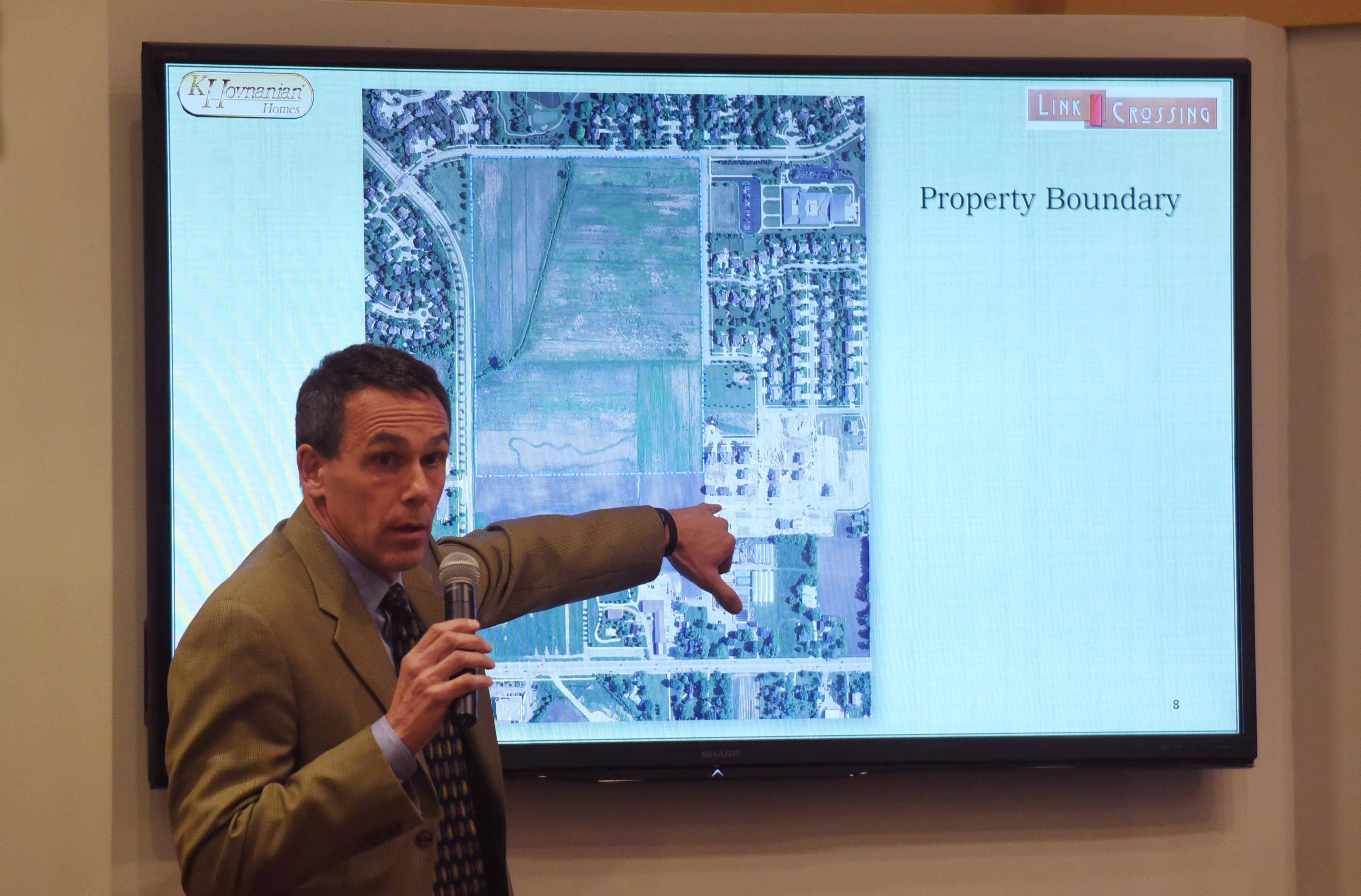 Mark Kurensky, principal of HKM Architects and Planning Inc., speaks about the proposed Links Crossing development during an April 12 meeting in Buffalo Grove.