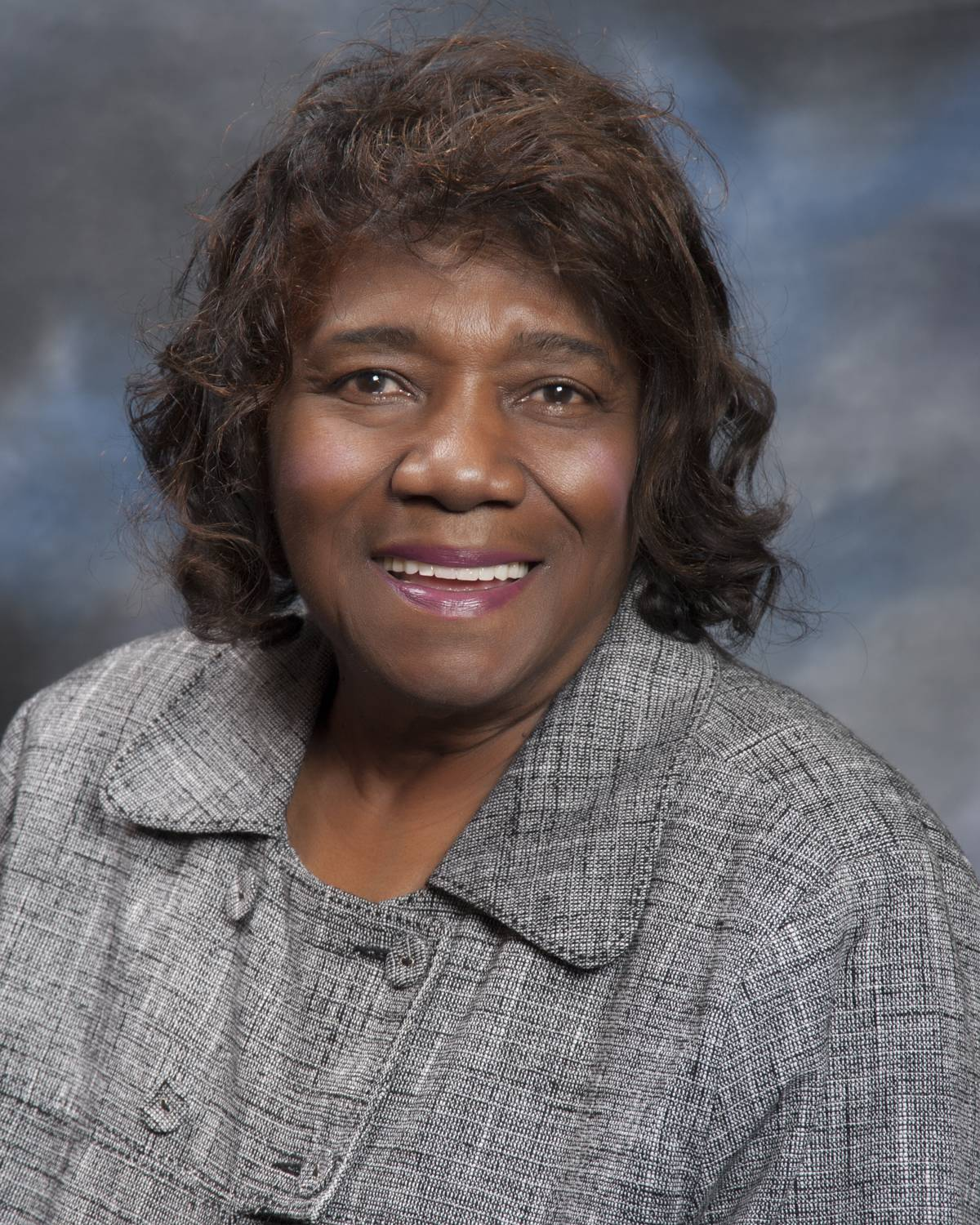 Lake County Board member Audrey Nixon, 81, has died.
