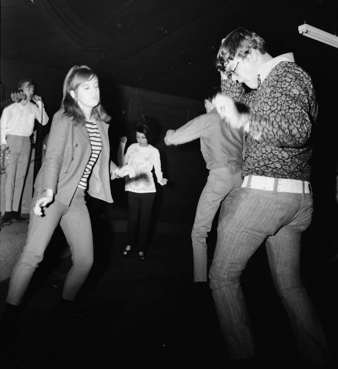White belts and flowered shirts took center stage during a Roselle teen club in 1967.
