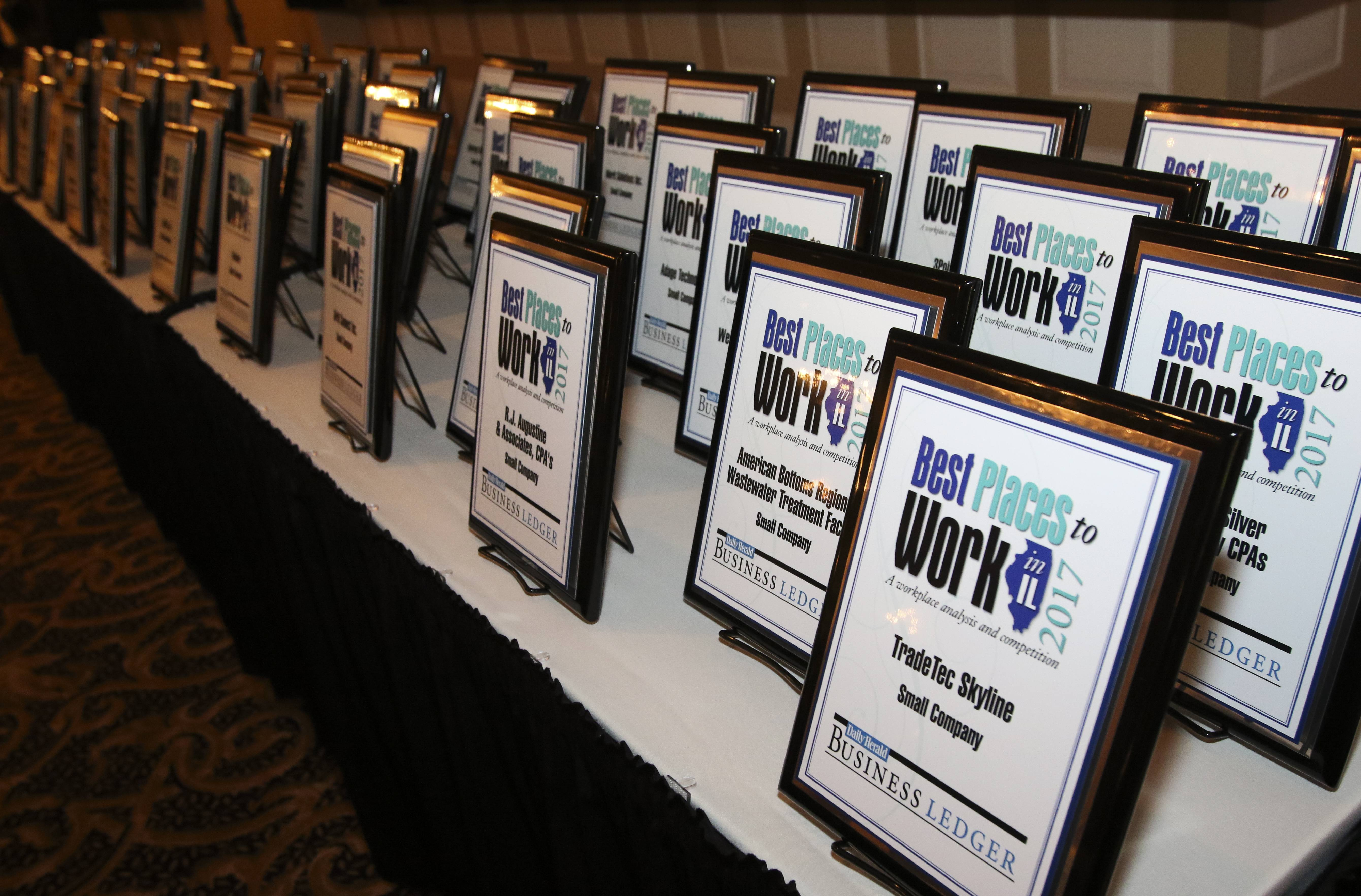 Bev Horne/bhorne@dailyherald.com Best Places to Work in Illinois ceremony at Abbington Banquets in Glen Ellyn.