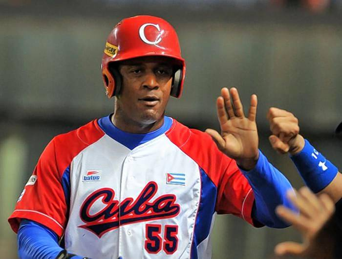 Beginning Saturday, Luis Robert is eligible to sign with a major-league team. The 19-year-old outfielder from Cuba has five-tool potential and the Chicago White Sox and St. Louis Cardinals are reportedly the favorites to sign Robert.