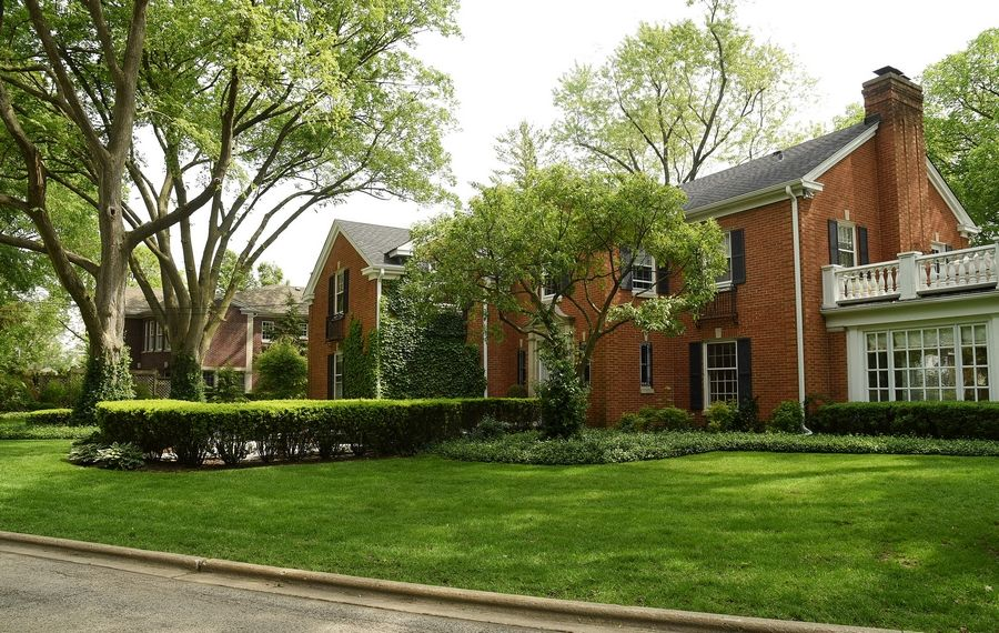 With its mix of older homes an tree-lined streets, Scarsdale is one of the city's more unique neighborhoods.