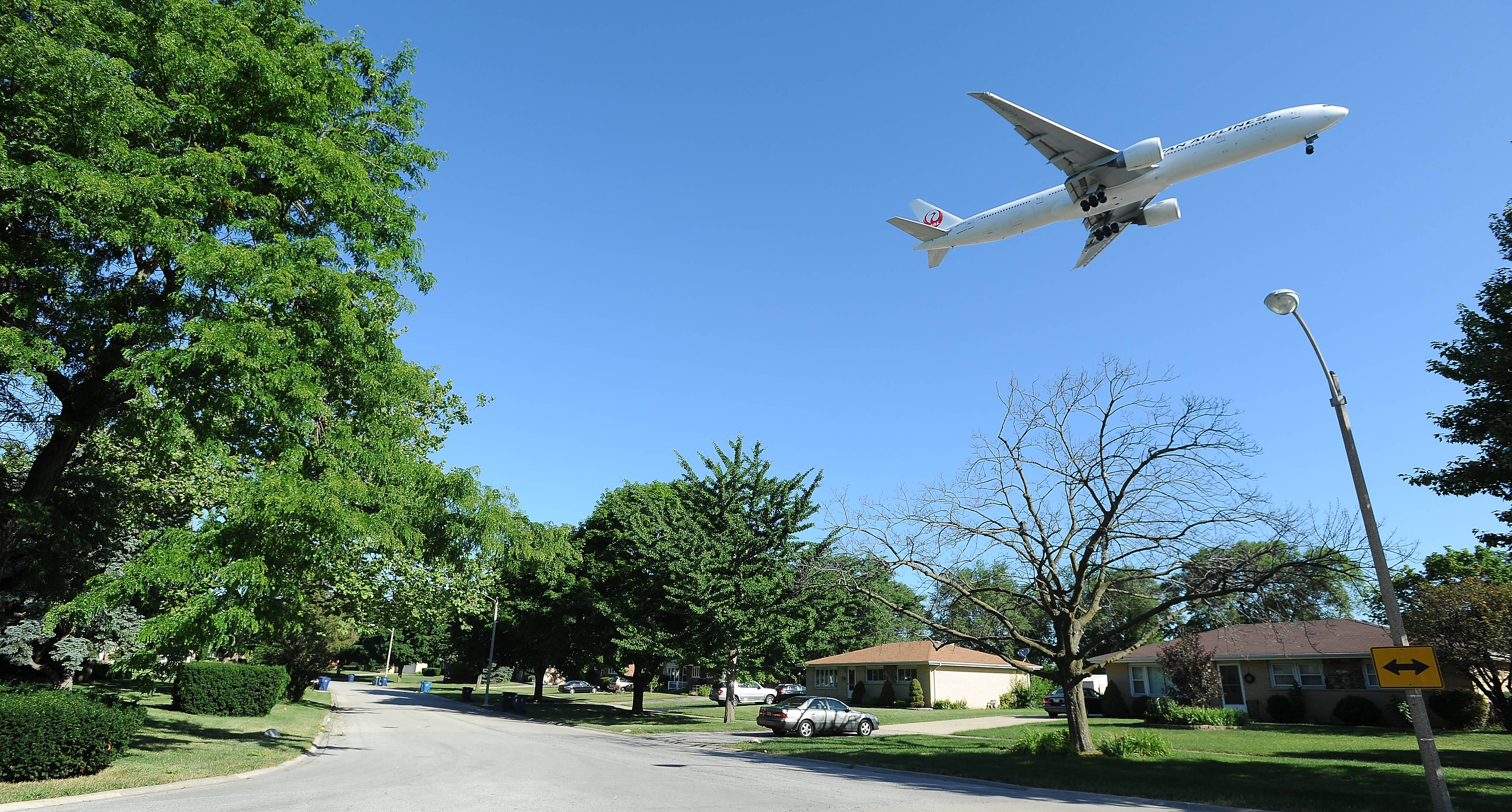 Lawsuit by Bensenville residents over O'Hare noise gains momentum