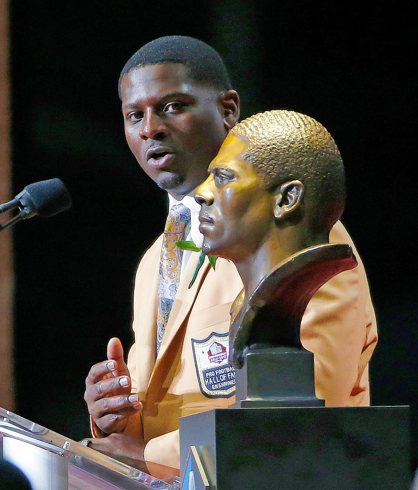 "In his Aug. 5 induction speech at the Pro Football Hall of Fame, LaDainian Tomlinson asked Americans to come together: ""... let's not choose to be against one another. Let's choose to be for one another."""