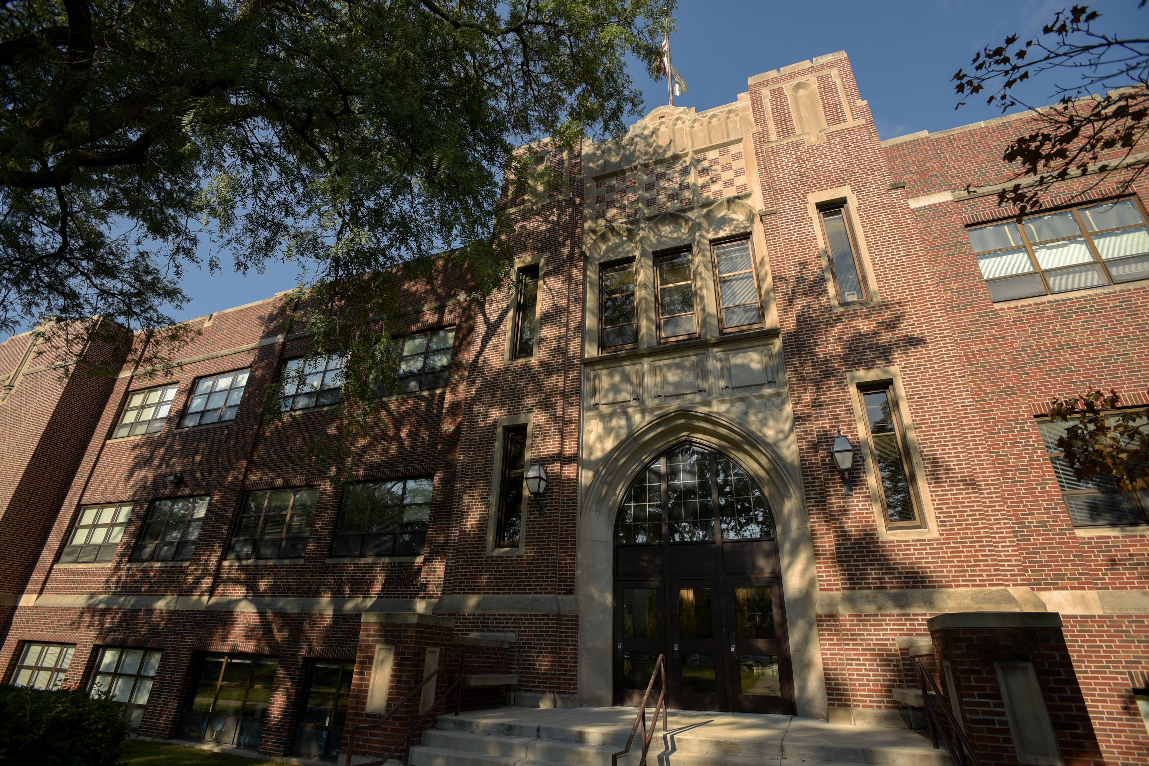 West Chicago High negotiators returning to the bargaining table after holiday break