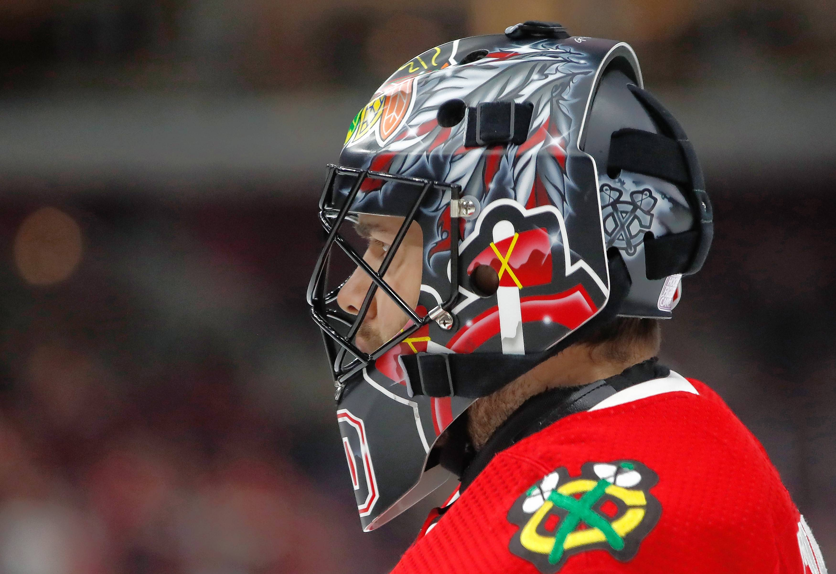 Quenneville, Blackhawks remain quiet on Crawford's return