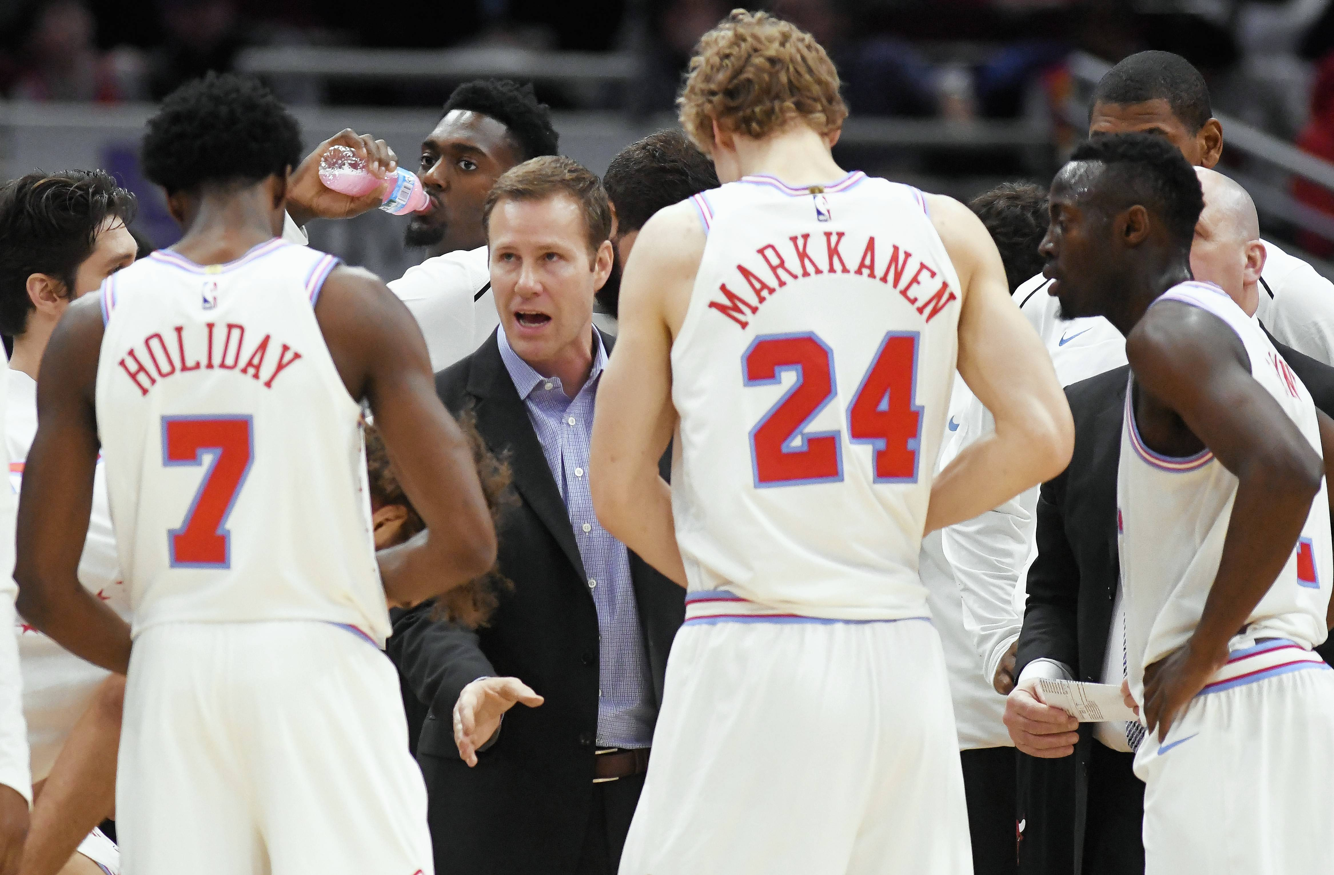 Hoiberg sees a benefit to Bulls winning games
