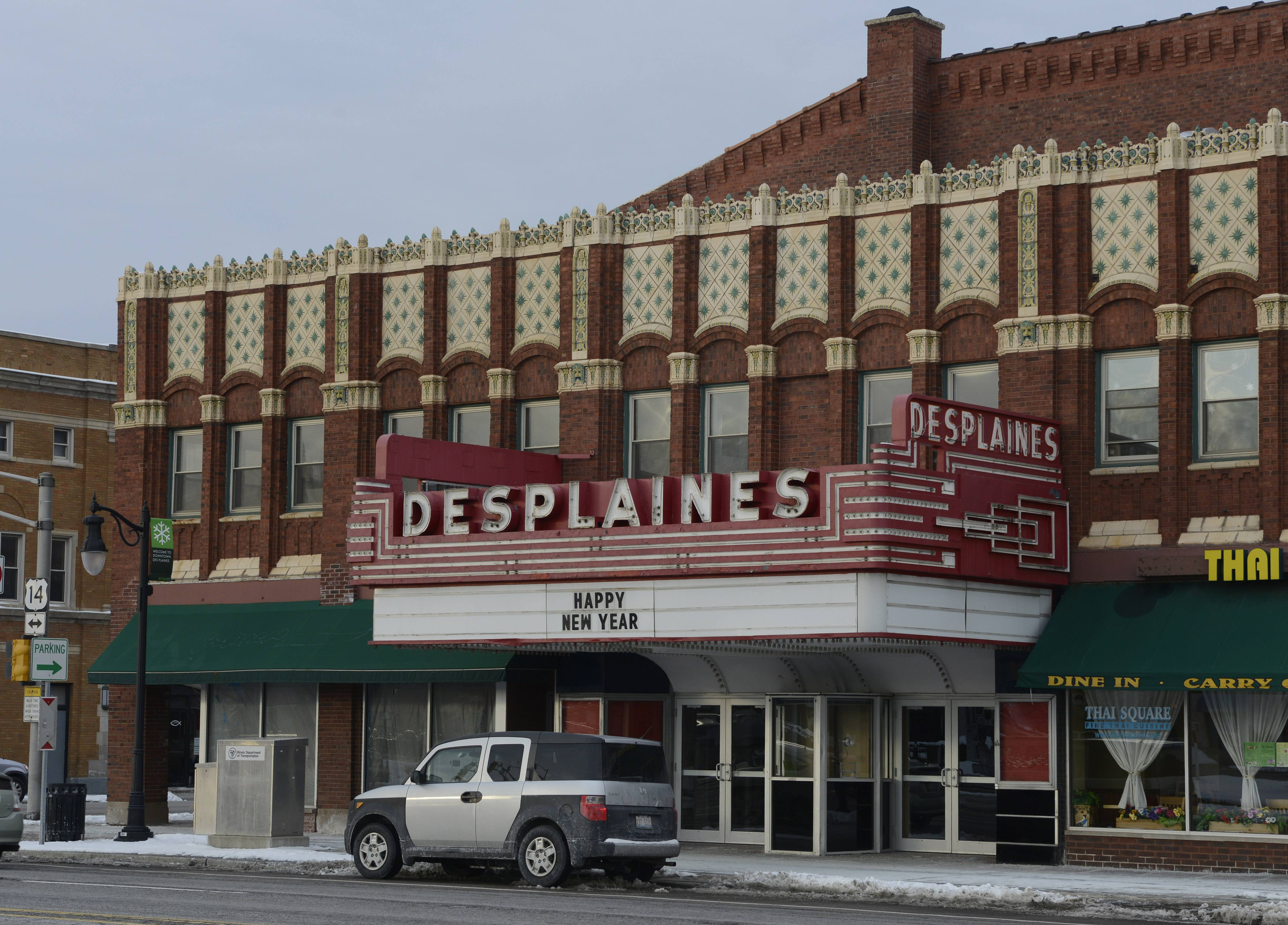 City officials have a tentative deal in place to buy the 92-year-old Des Plaines Theatre for almost $1.3 million. City aldermen could approve the deal as early as Monday.