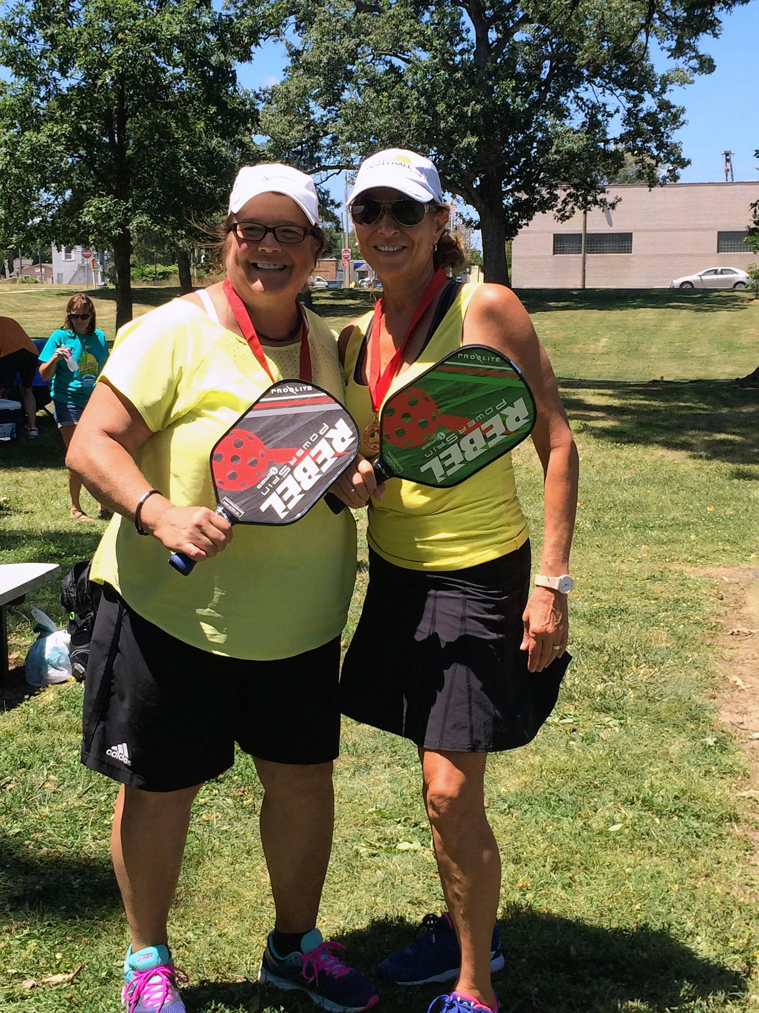 Pickleball tournament raises funds for Naperville nonprofit in memory of lives lost to addiction