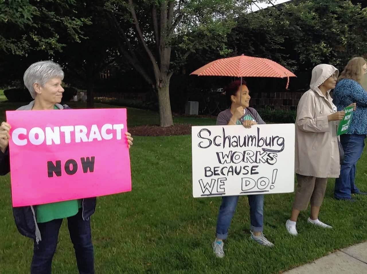 Schaumburg support-staff union asks trustees for new contract