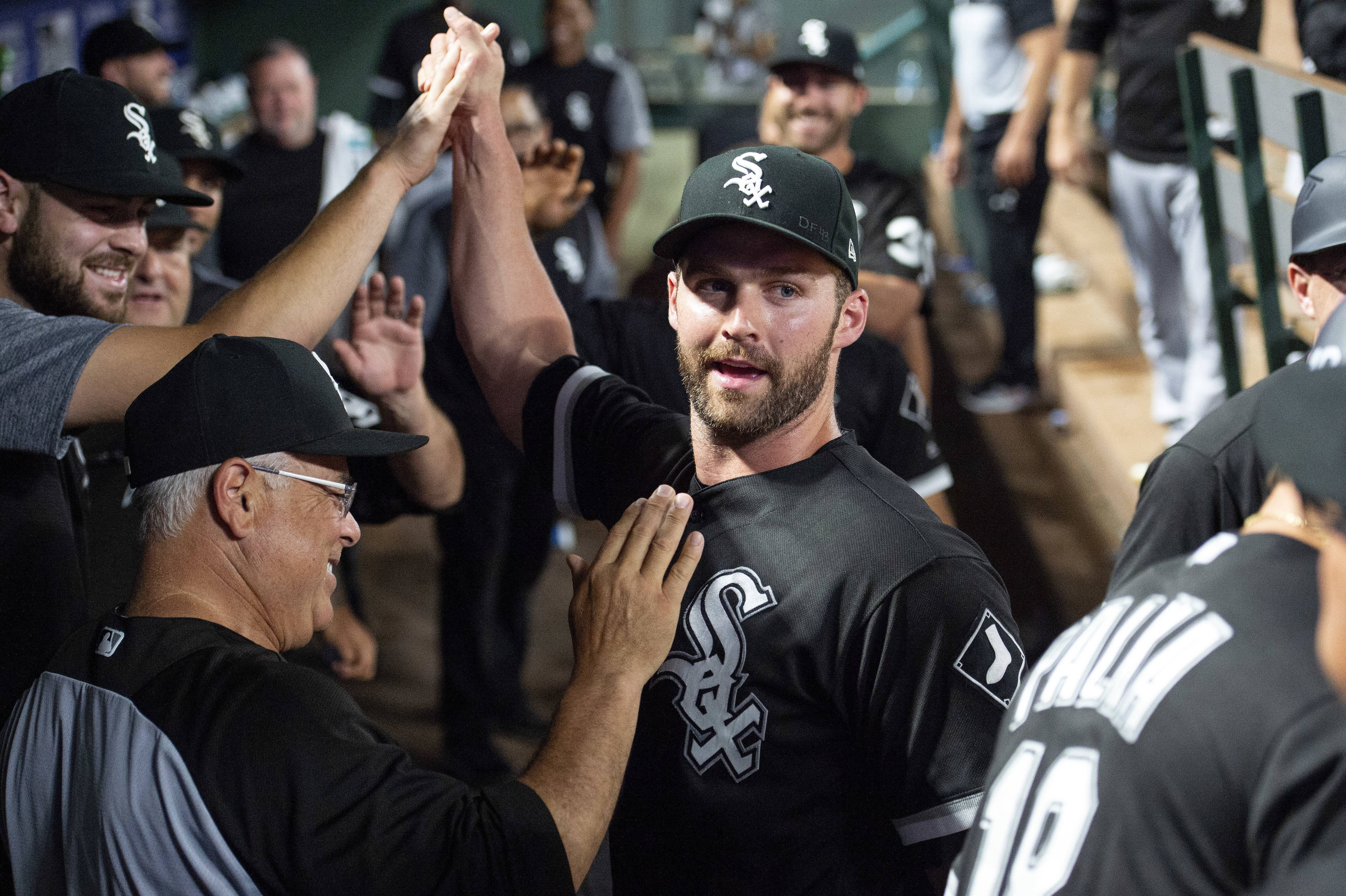 For White Sox DH Davidson, better approach leads to more walks