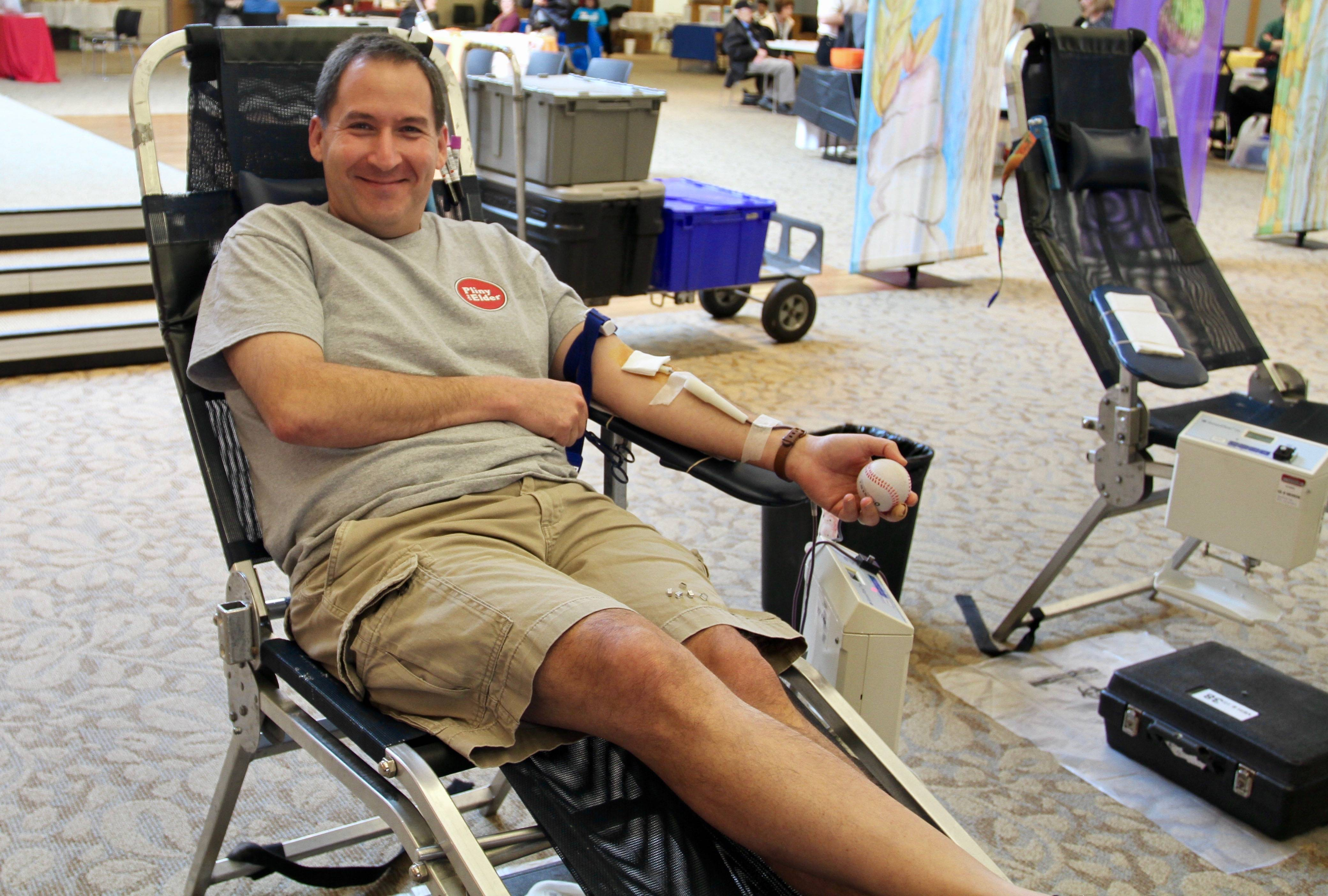 Jeff Silberstein of Buffalo Grove donates during a LifeSource blood drive, sponsored by Congregation B'nai Jehoshua Beth Elohim, in Northbrook earlier this year.