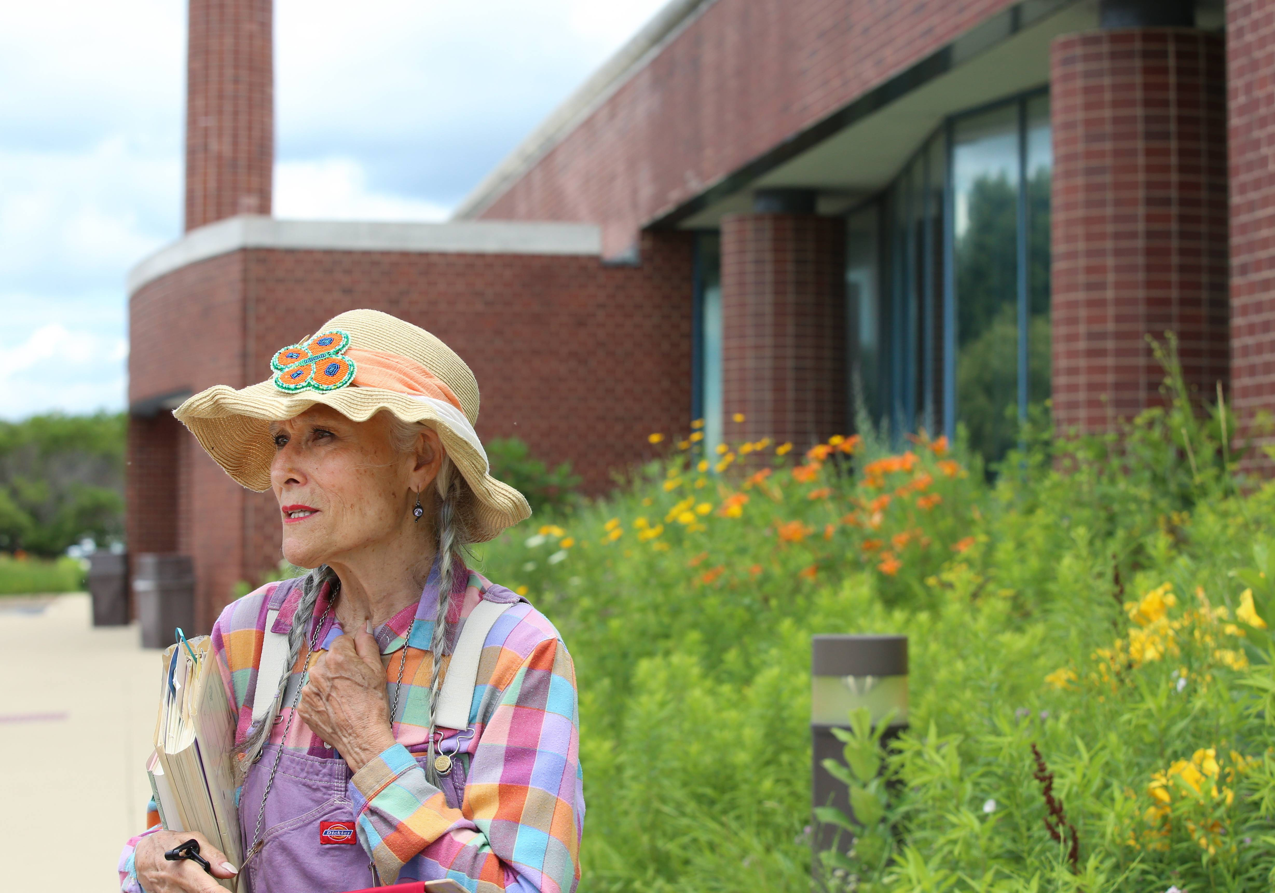 Post office, gardeners reach prairie planting compromise