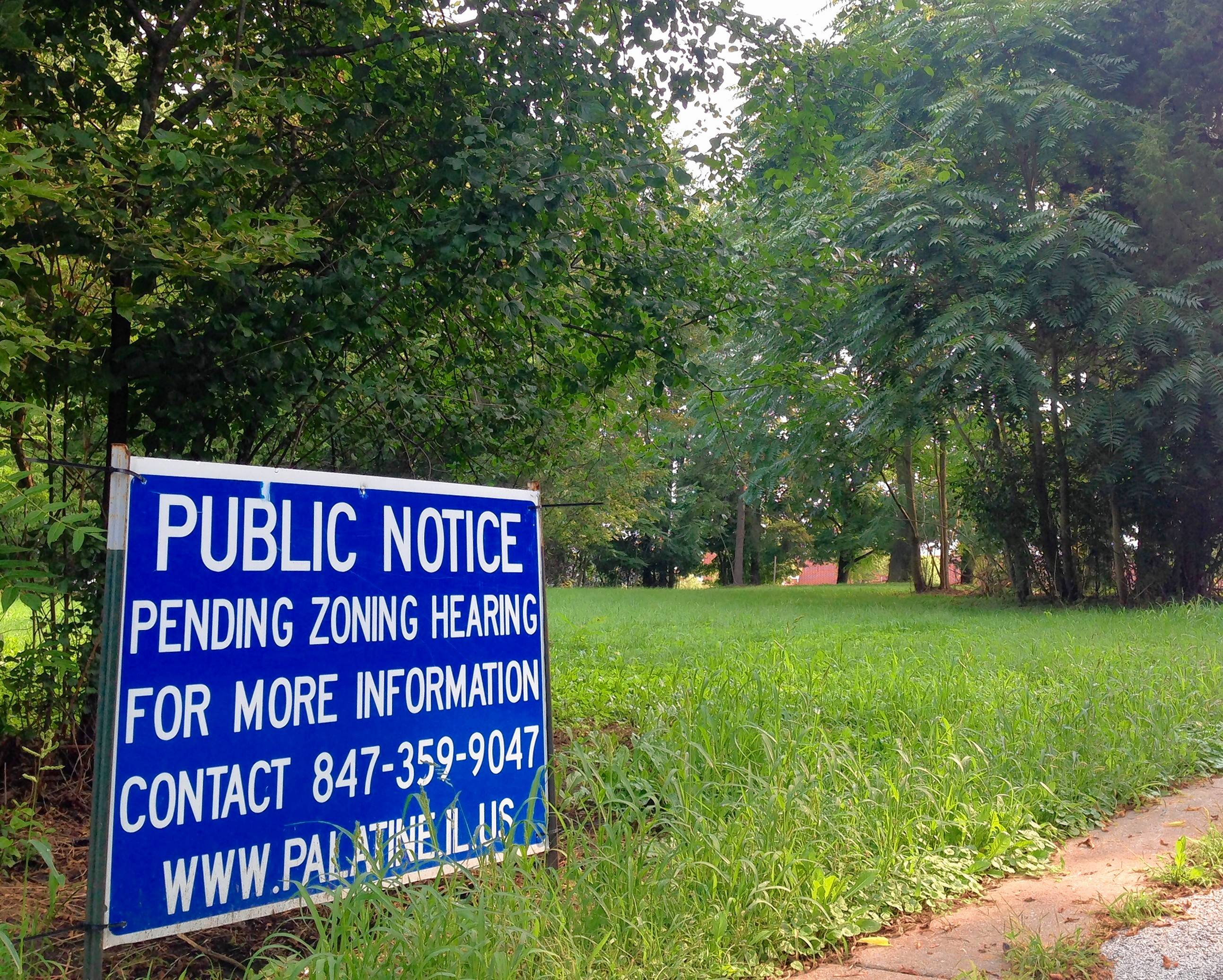 A 12-unit townhouse complex proposal that drew resident concerns about additional traffic and other issues will proceed as a result of the Palatine village council's approval this week.