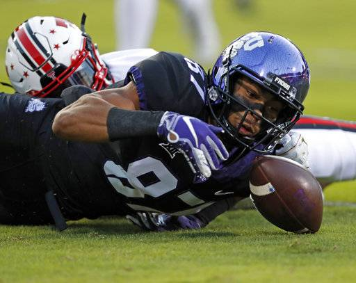 TCU's TreVontae Hights (87) reaches out to recover a fumble during the first half of an NCAA college football game against Texas Tech, Thursday, Oct. 11, 2018, in Fort Worth, Texas. (Brad Tollefson/Lubbock Avalanche-Journal via AP)