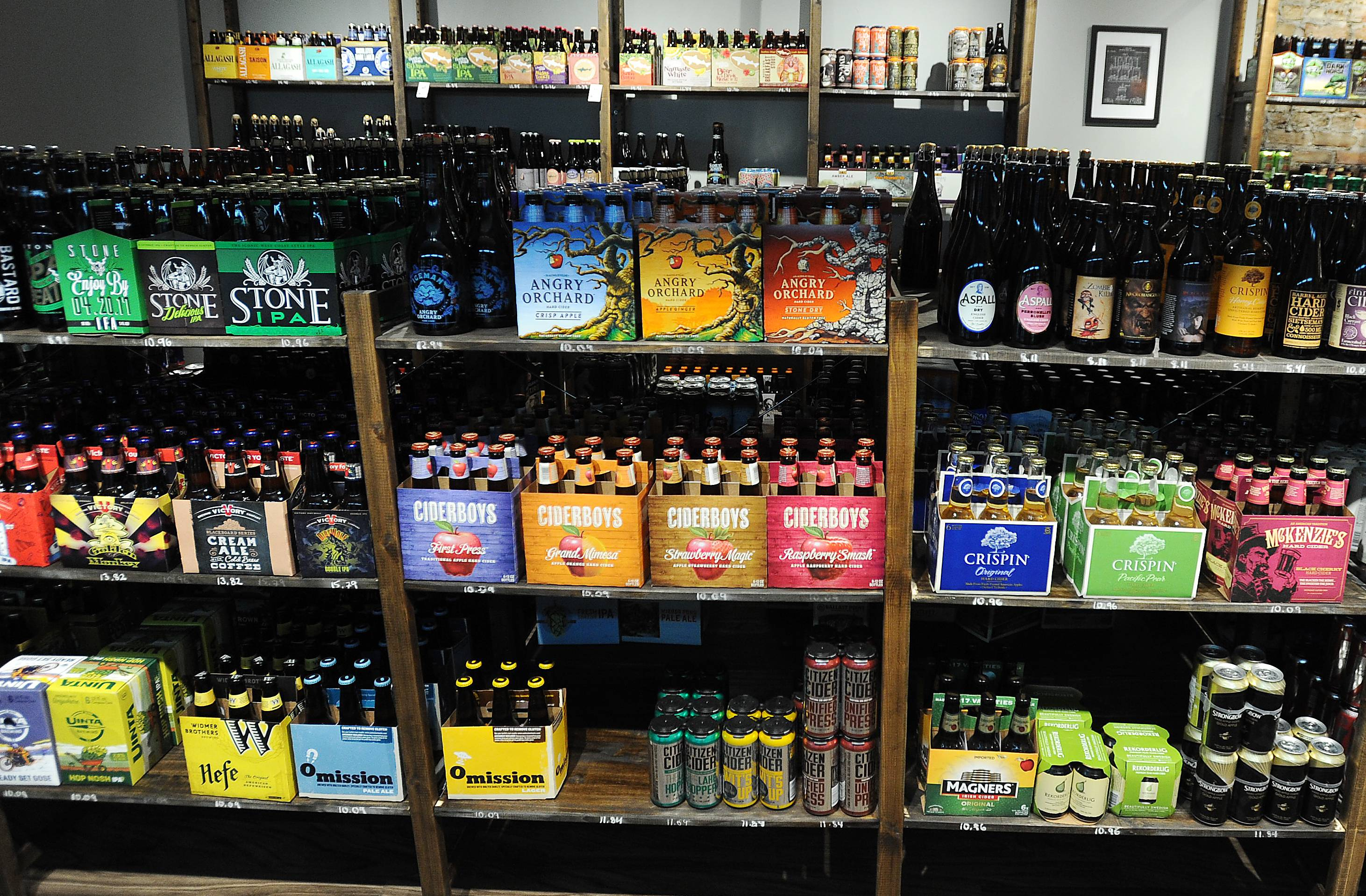 Beer on the Wall offers about 600 varieties for on-site consumption or take-away at its store in Park Ridge. Its owners now have plans to open a second location in Arlington Heights.