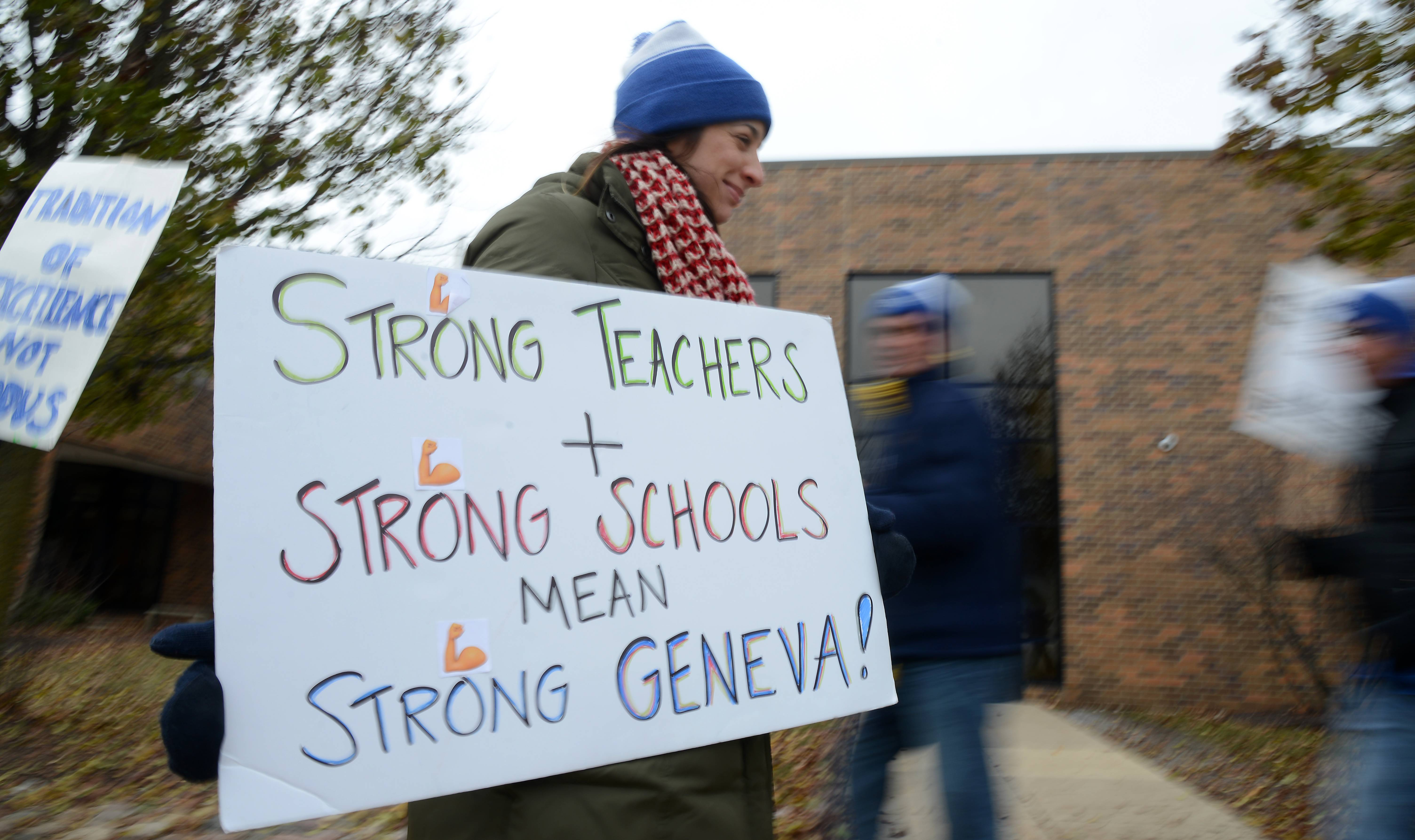 Geneva teacher contract talks back on today