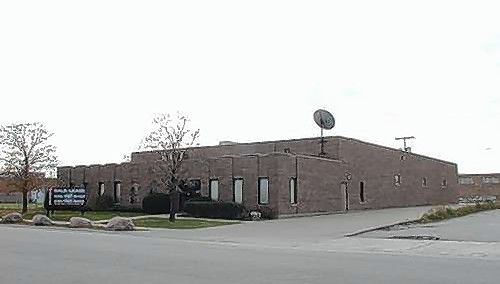 Brown Commercial Group Senior Associate Mason Hezner recently negotiated the purchase of 2301 Estes Avenue in Elk Grove Village.