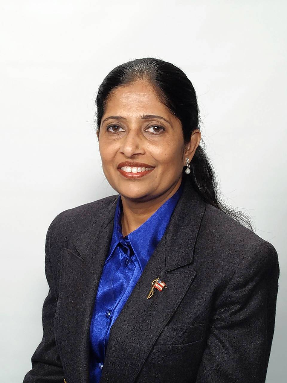 Nazneen Hashmi, of Streamwood, candidate for Elgin Community College Board, 2019