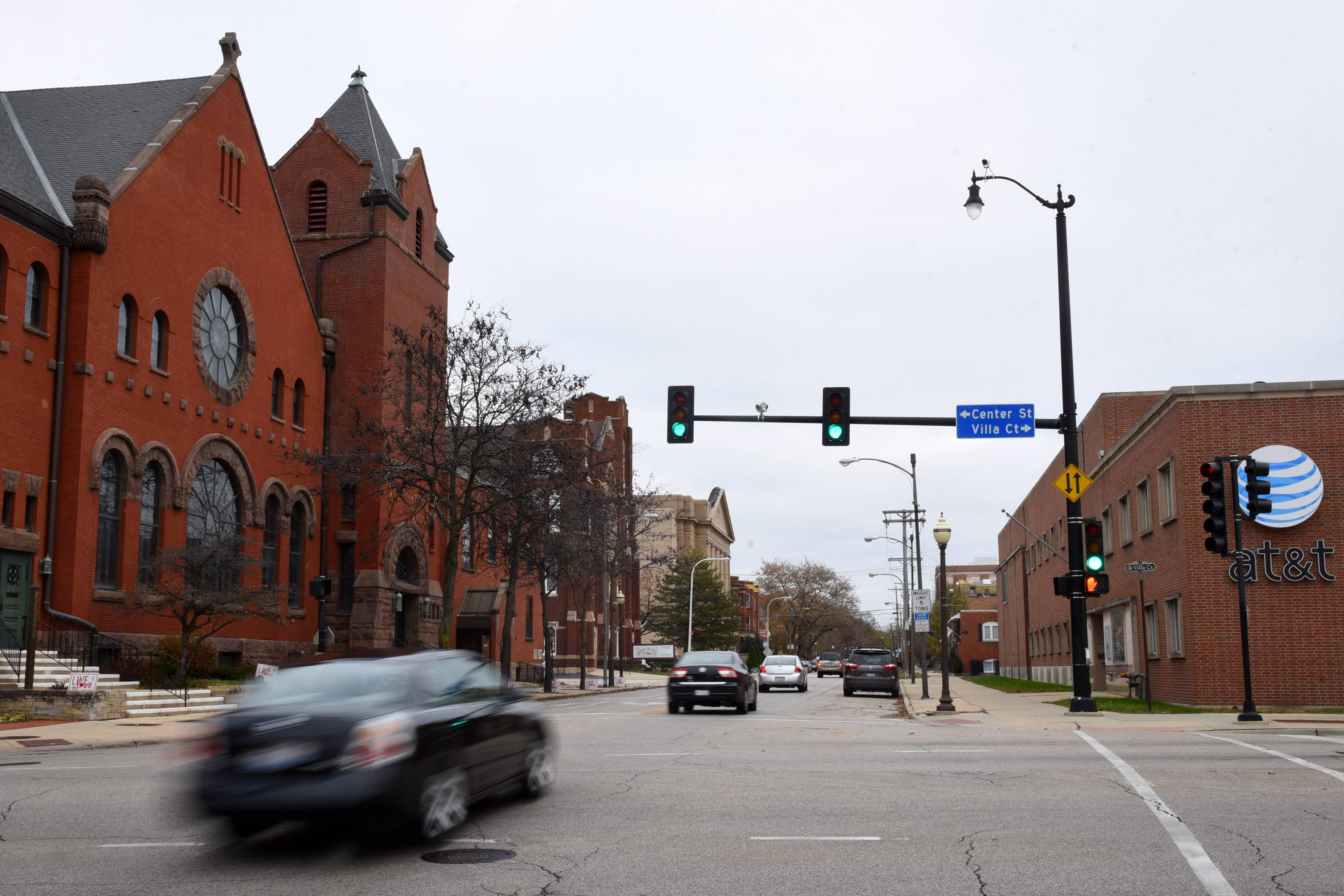 Elgin's 2-year East Chicago Street rebuild expected to start in May