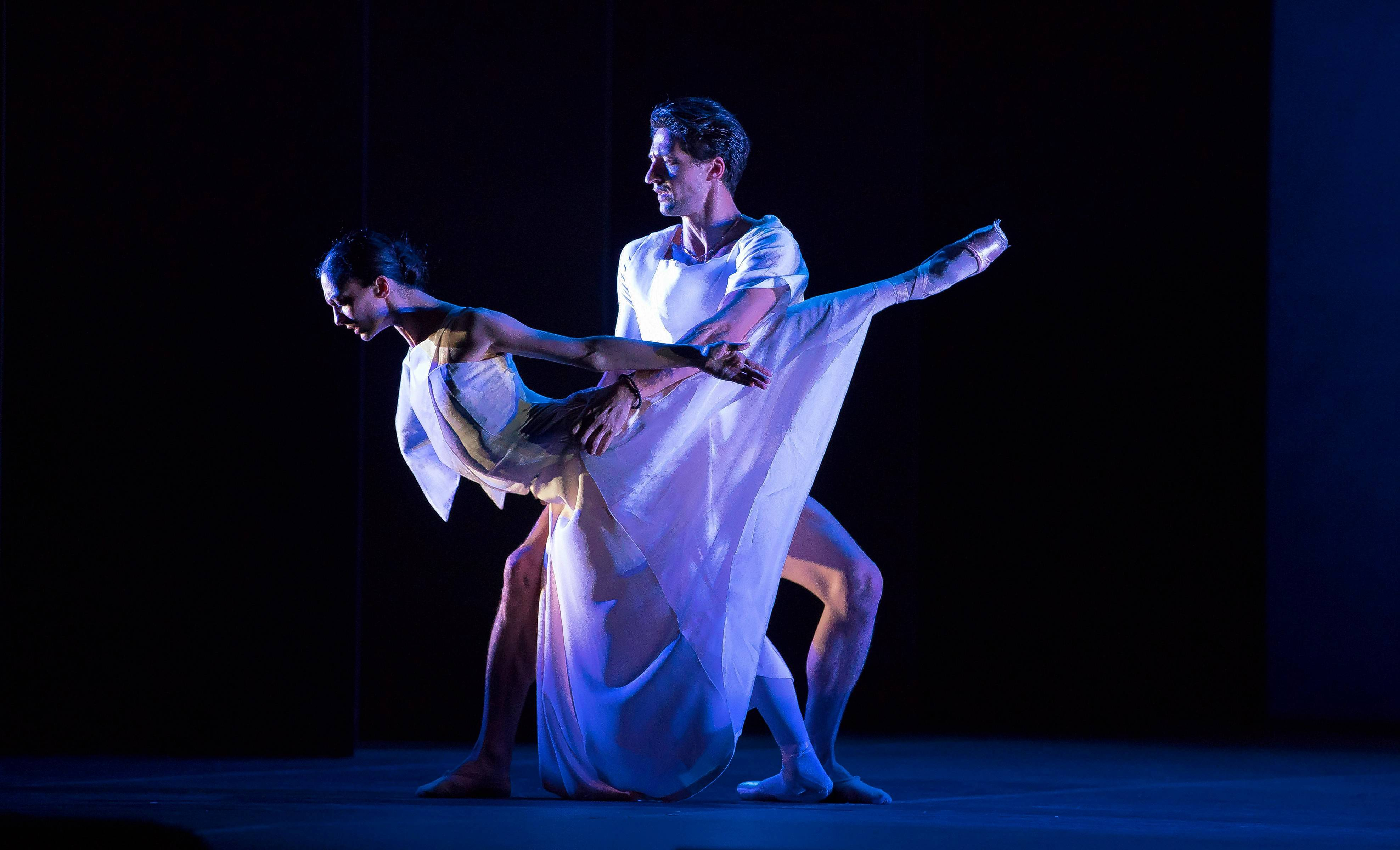 "Victoria Jaiani and Temur Suluashvili dance in the telecast of a Lyric Opera of Chicago performance of ""Orphée et Eurydice"" featuring the Joffrey Ballet."